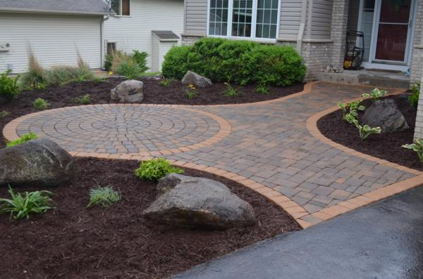 Landscaping Materials Mulch : Quality landscaping materials for landscapers in the midwest